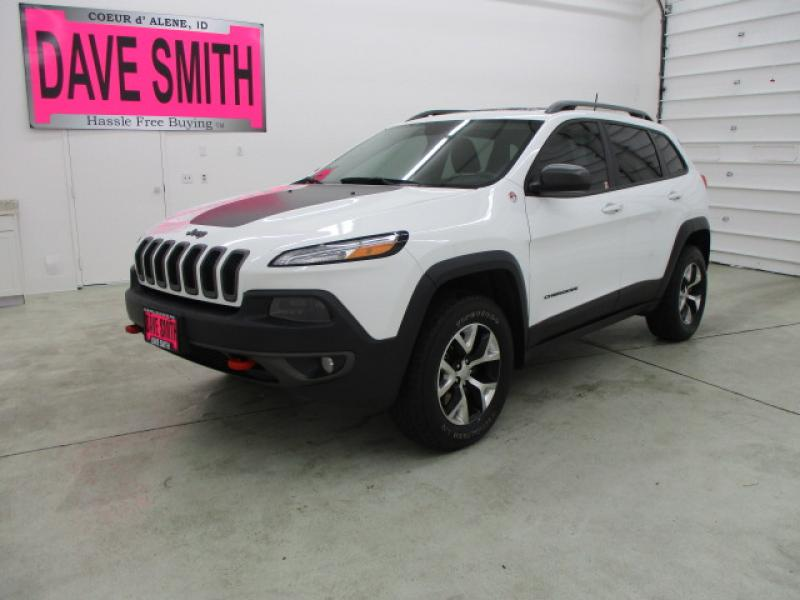 Pre Owned 2016 Jeep Cherokee Trailhawk