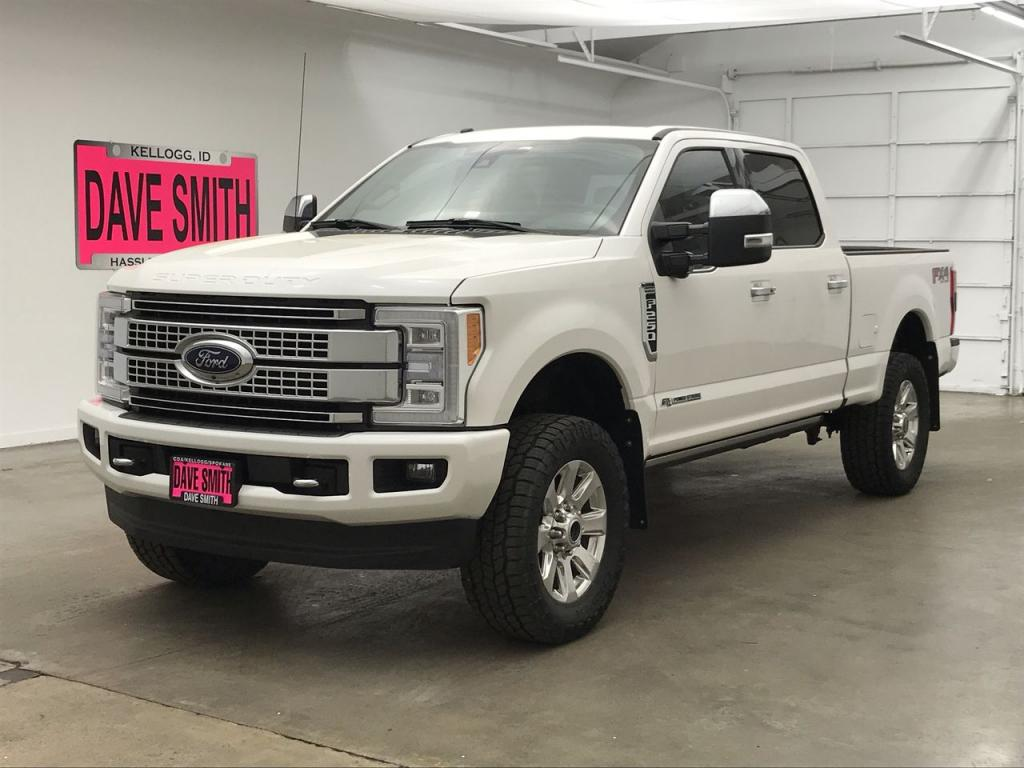 Pre-Owned 2017 Ford F-250 Super Duty Crew Cab Short Box
