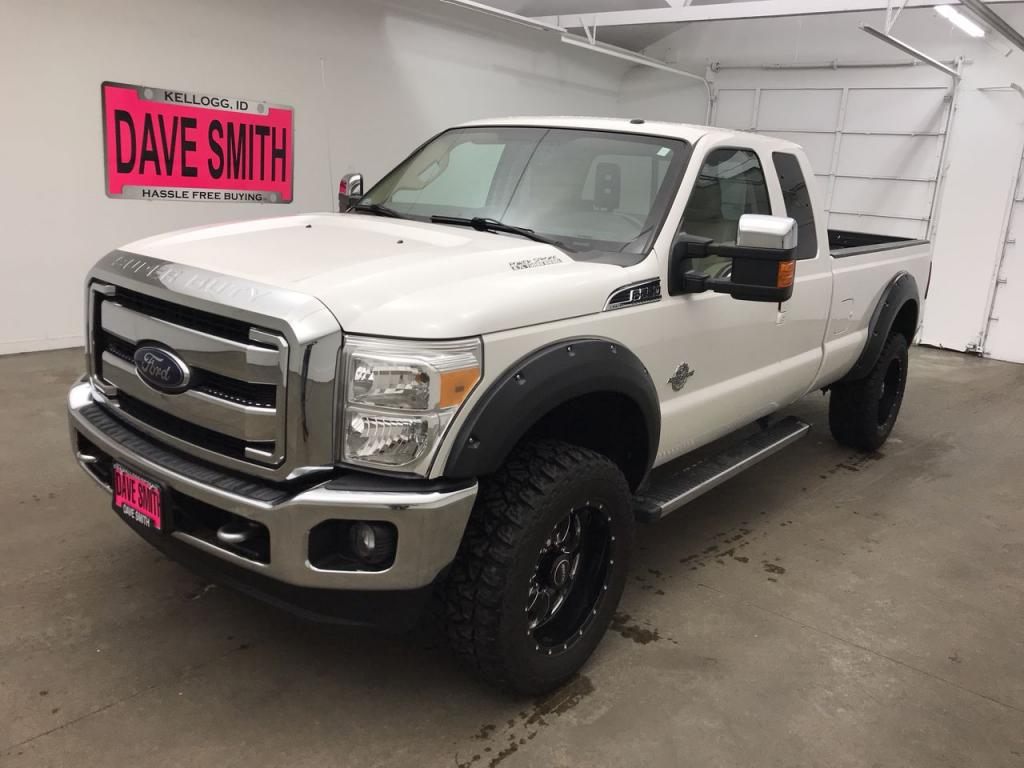 Pre-Owned 2014 Ford F-250 Super Duty Lariat Extended Cab Long Box