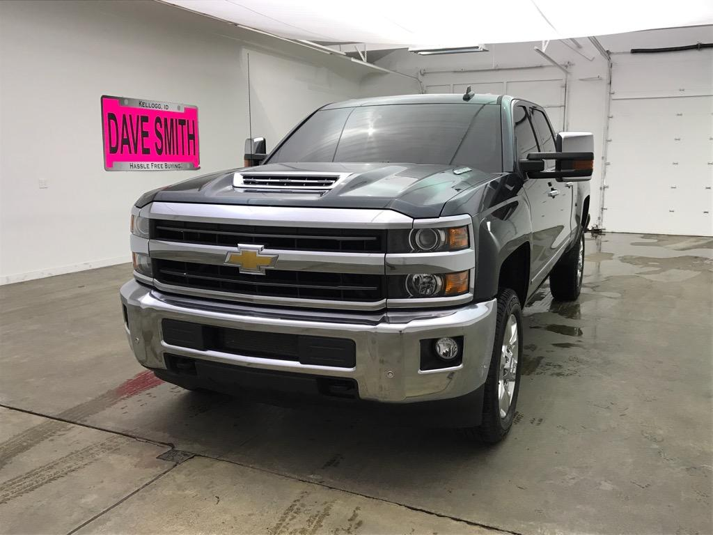 Pre-Owned 2018 Chevrolet Silverado 2500 LTZ Crew Cab Short Box