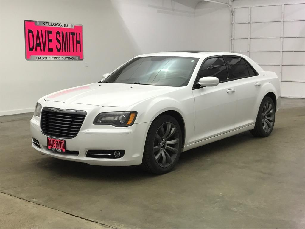 Chrysler 300 S >> Pre Owned 2014 Chrysler 300s Base Rwd 4 Door Sedan
