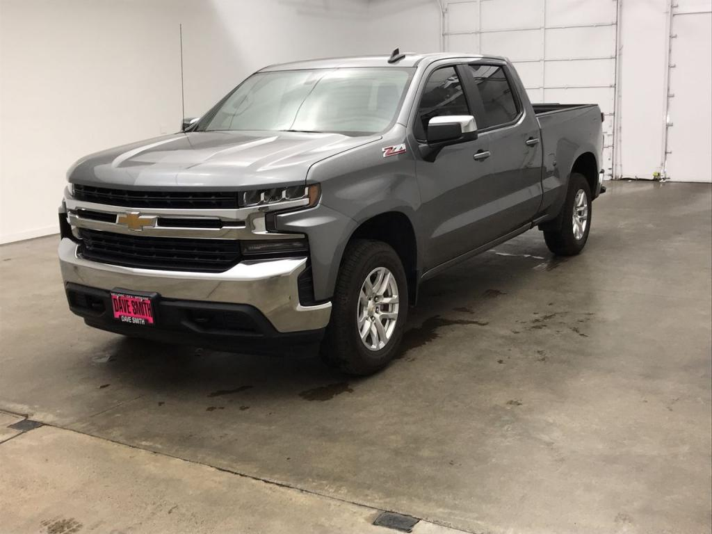 Pre-Owned 2020 Chevrolet Silverado 1500 LT Crew Cab Short Box