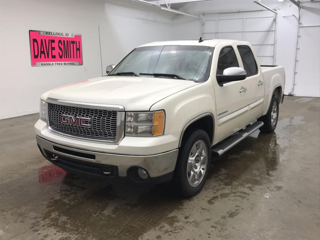 Pre-Owned 2011 GMC Sierra 1500 SLT Crew Cab Short Box