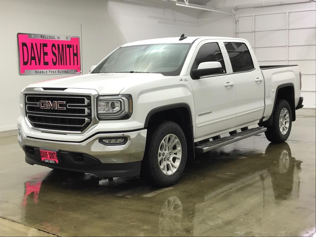 Pre-Owned 2018 GMC Sierra 1500 SLE Crew Cab Short Box