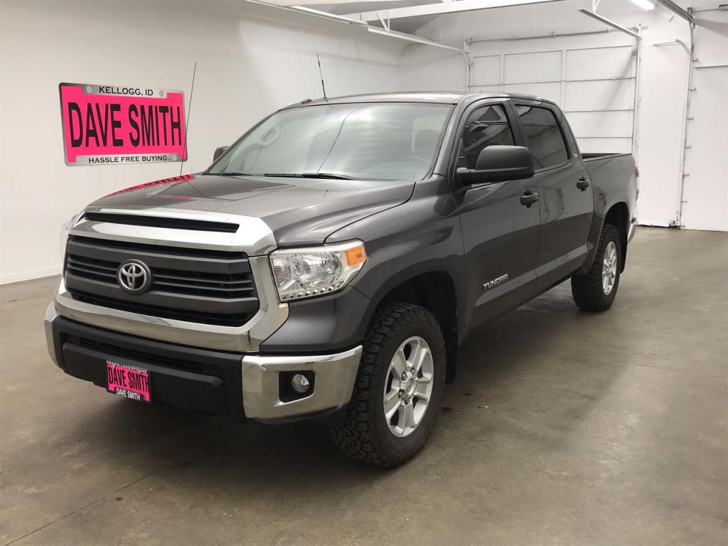 Pre-Owned 2015 Toyota Tundra SR5 Crew Cab Short Box
