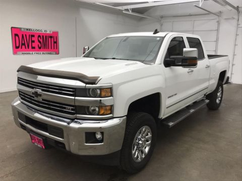 Pre-Owned 2016 Chevrolet Silverado 2500 LTZ Crew Cab Short Box