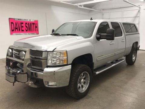 Pre-Owned 2010 Chevrolet Silverado 2500 LTZ Crew Cab Short Box