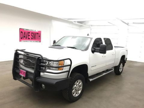 Pre-Owned 2014 GMC Sierra 2500 SLT Crew Cab Short Box