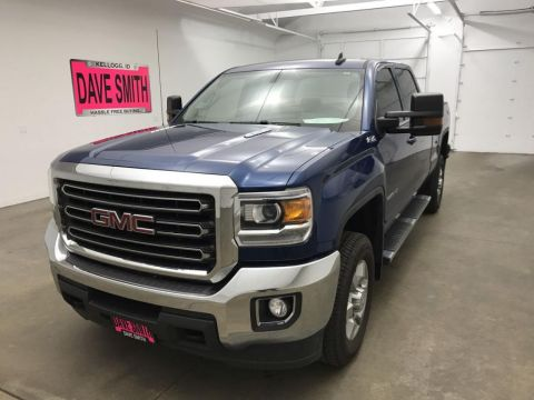 Pre-Owned 2016 GMC Sierra 2500 SLE Crew Cab Short Box