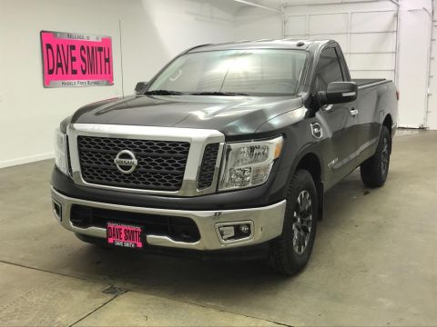 Pre-Owned 2017 Nissan Titan SV Regular Cab Long Box