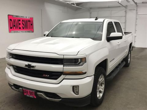 Pre-Owned 2017 Chevrolet Silverado 1500 LT Crew Cab Short Box