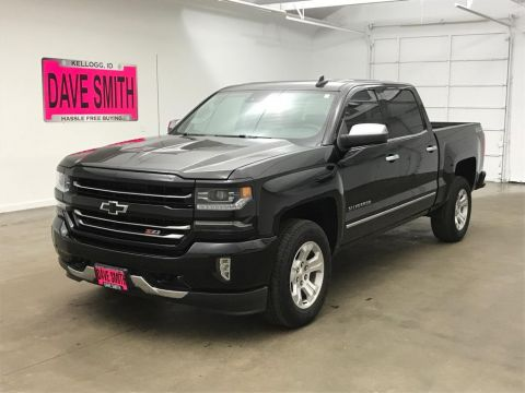 Pre-Owned 2017 Chevrolet Silverado 1500 LTZ Crew Cab Short Box