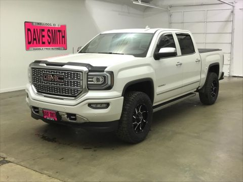 Pre-Owned 2017 GMC Sierra 1500 Denali Crew Cab Short Box